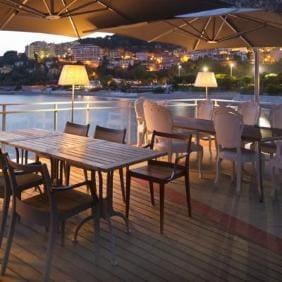 A'trego Restaurant door met Marset TXL