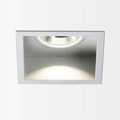 Delta Light Carree st LED 3033 s1 powerLED 6-8W/3000K  DL 202508122A Gris aluminium
